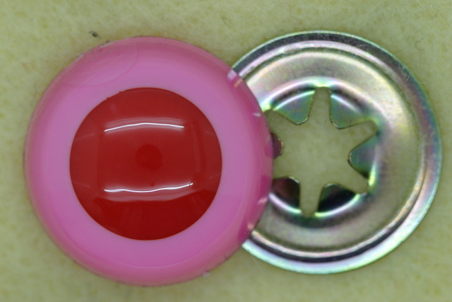 18mm Crystal Eye 50p; Pink/Red