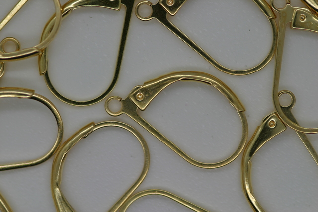 Continental Ear Clip Gold 100p