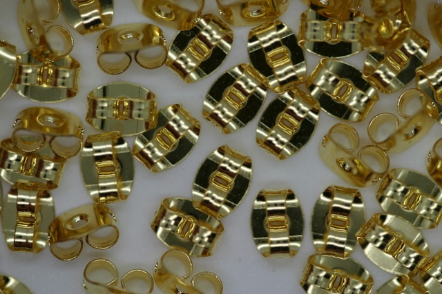 Earring Stud 6mm Gold 100p