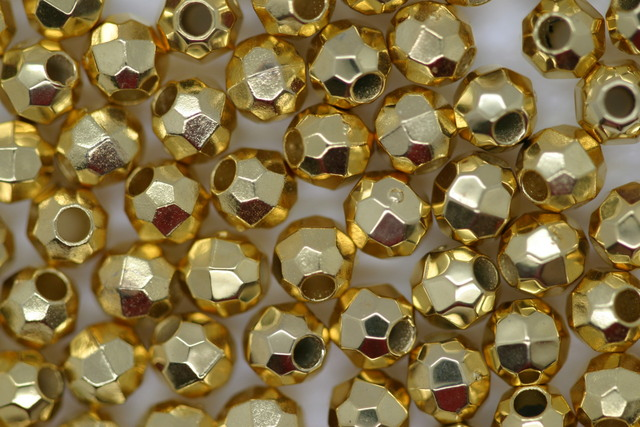 4mm Facet Metallic Gold 25g (approx 408p)