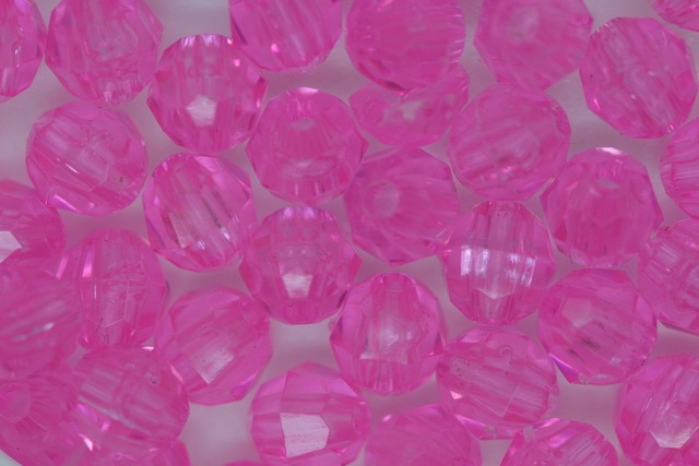 6mm Facet Transparent; Shocking Pink 250g (approx 2300p)