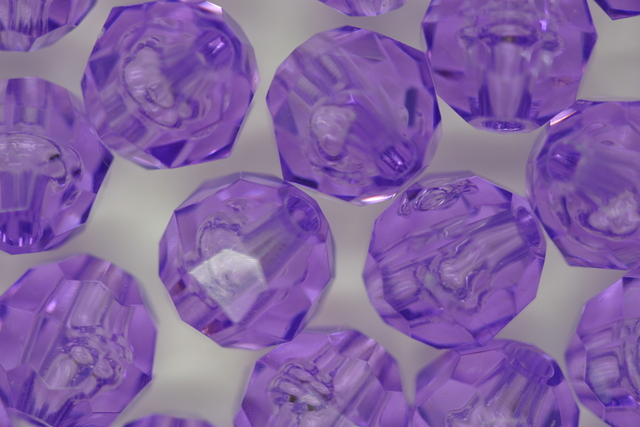 10mm Facet Transparent; Amethyst 250g (approx 500p)