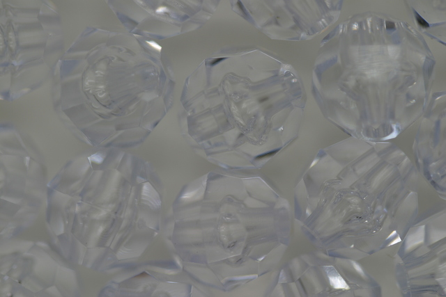 10mm Facet Transparent; Crystal 250g (approx 500p)