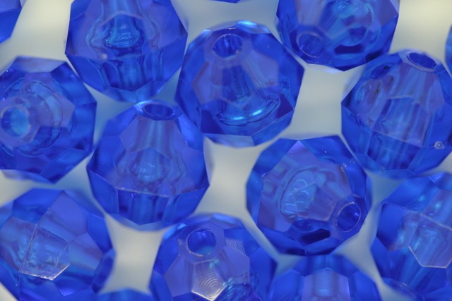 10mm Facet Transparent; Dark Sapphire 250g (approx 500p)