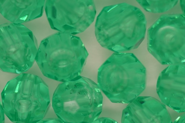 10mm Facet Transparent; Green Aqua 250g (approx 500p)