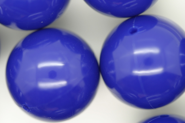 18mm Opaque Global Round; Blue 250g (approx 85p)
