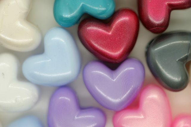 Vertical Heart Pearl; Multi 250g (approx 470p)