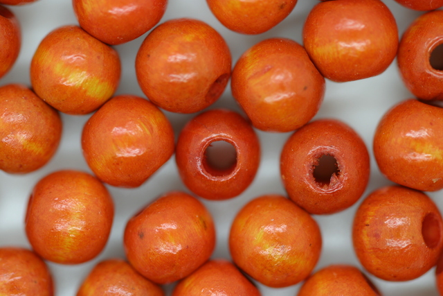 Wooden Beads, 8mm, 100 pieces, Orange (3mm hole)