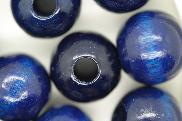 Wooden Beads, 14mm, 100 pieces, Royal (5mm hole)